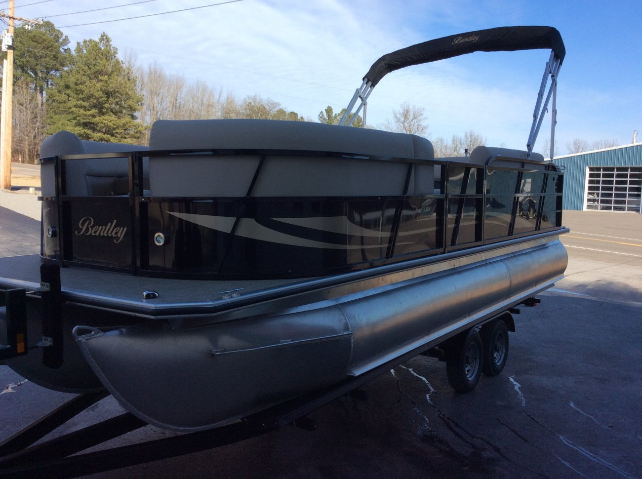 boat hp cruise pontoon point bentley russels oh elite boats sale tritoon for